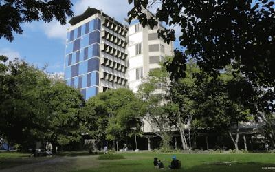 Apuntes de Postgrado – El igualitarismo populista ataca de nuevo a las universidades autónomas